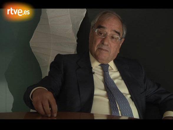 Rodolfo Martín Villa aborda la figura política de Adolfo Suárez