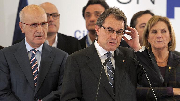 Mas pide ayuda para gobernar Cataluña, y para 'el proceso' soberanista