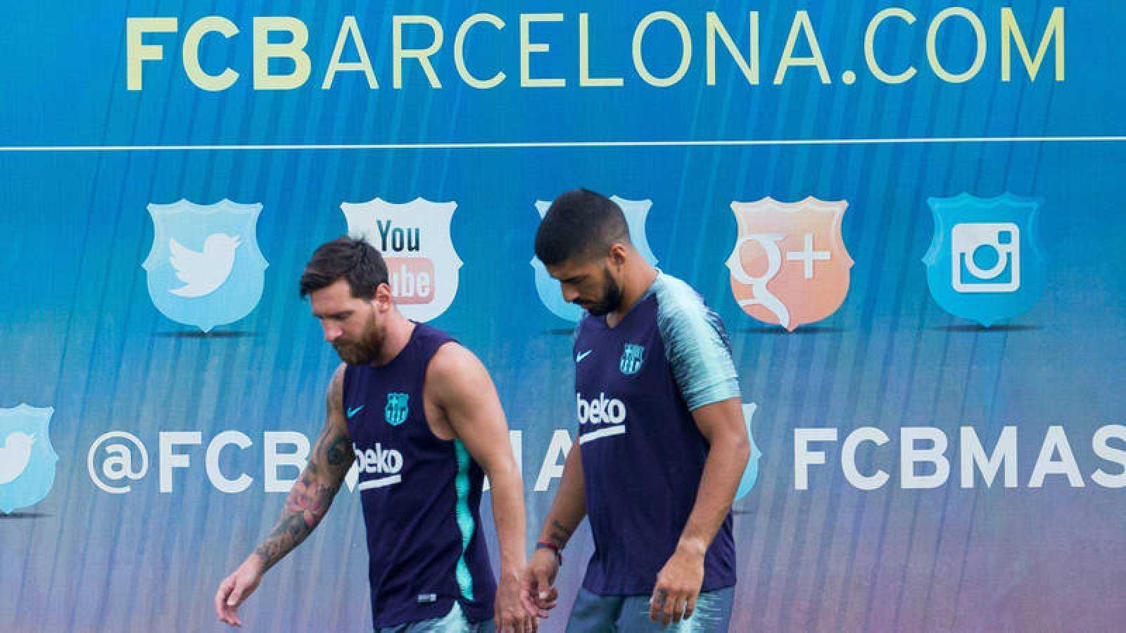 Messi estrena capitanía y Coutinho, plaza comunitaria