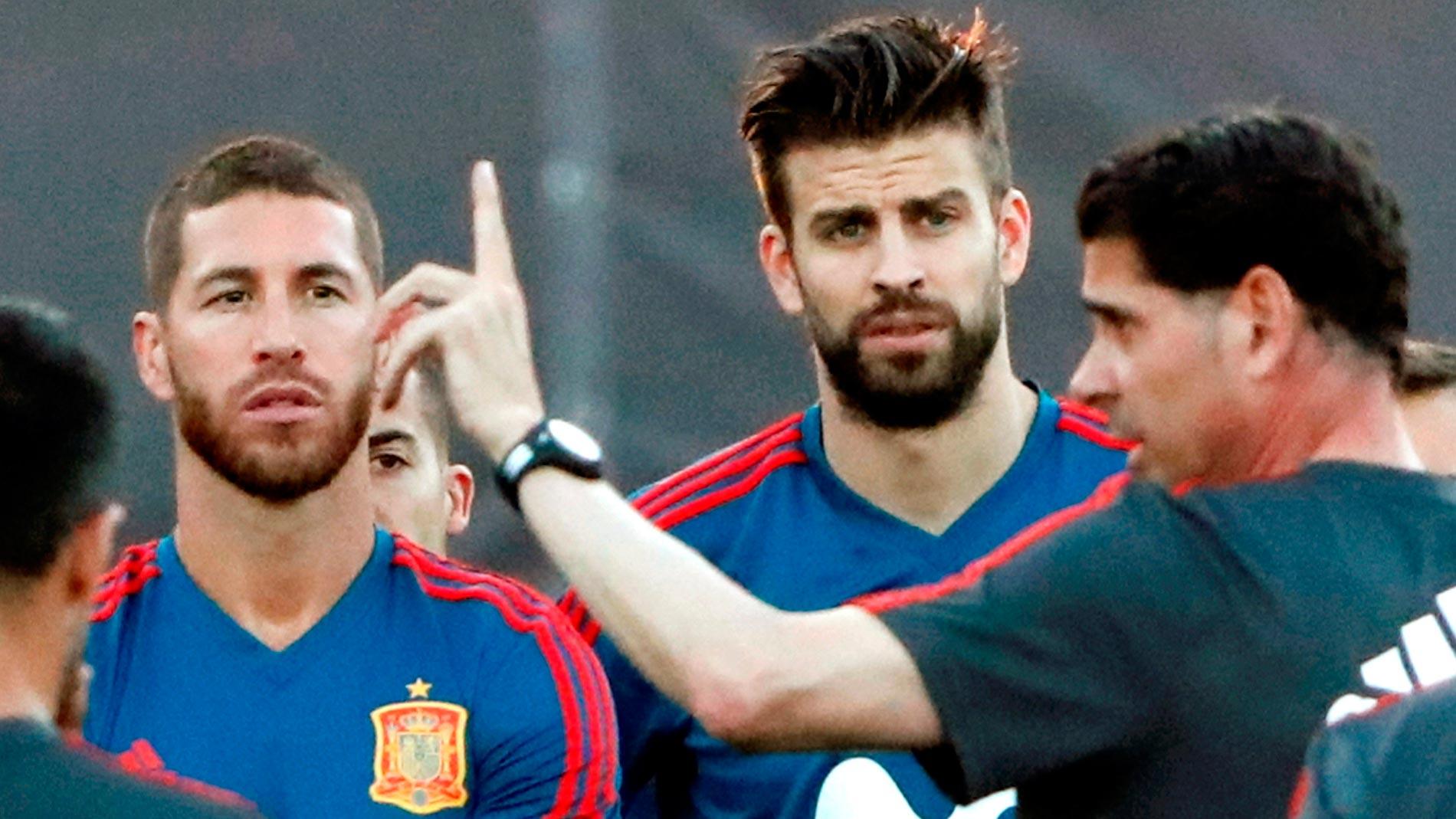Mundial 2018. Ramos y Piqué apelan a la unidad ante el estupor mundial