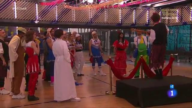 Jesús y Roberto Leal se arrancan con unas chirigotas