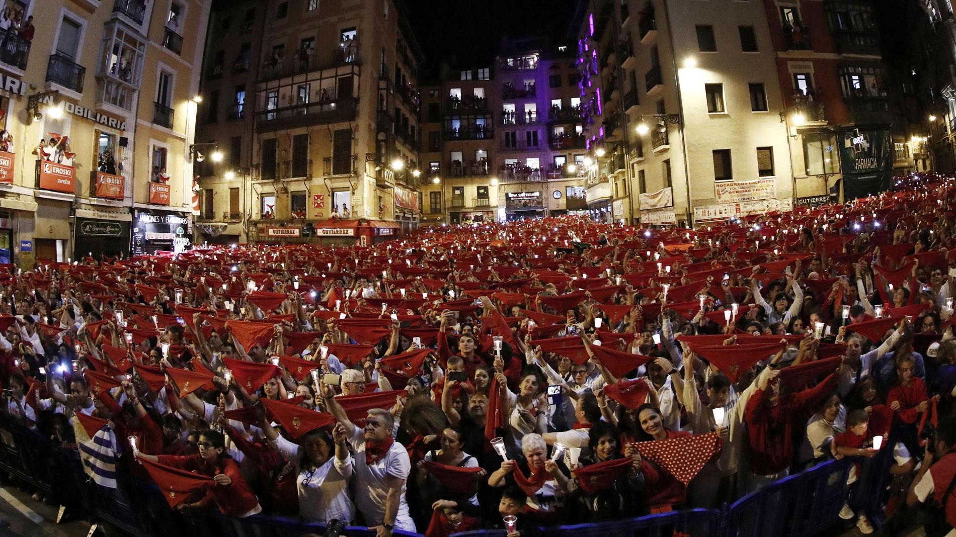 Pamplona despide los Sanfermines de 2019 con el 'Pobre de mí'