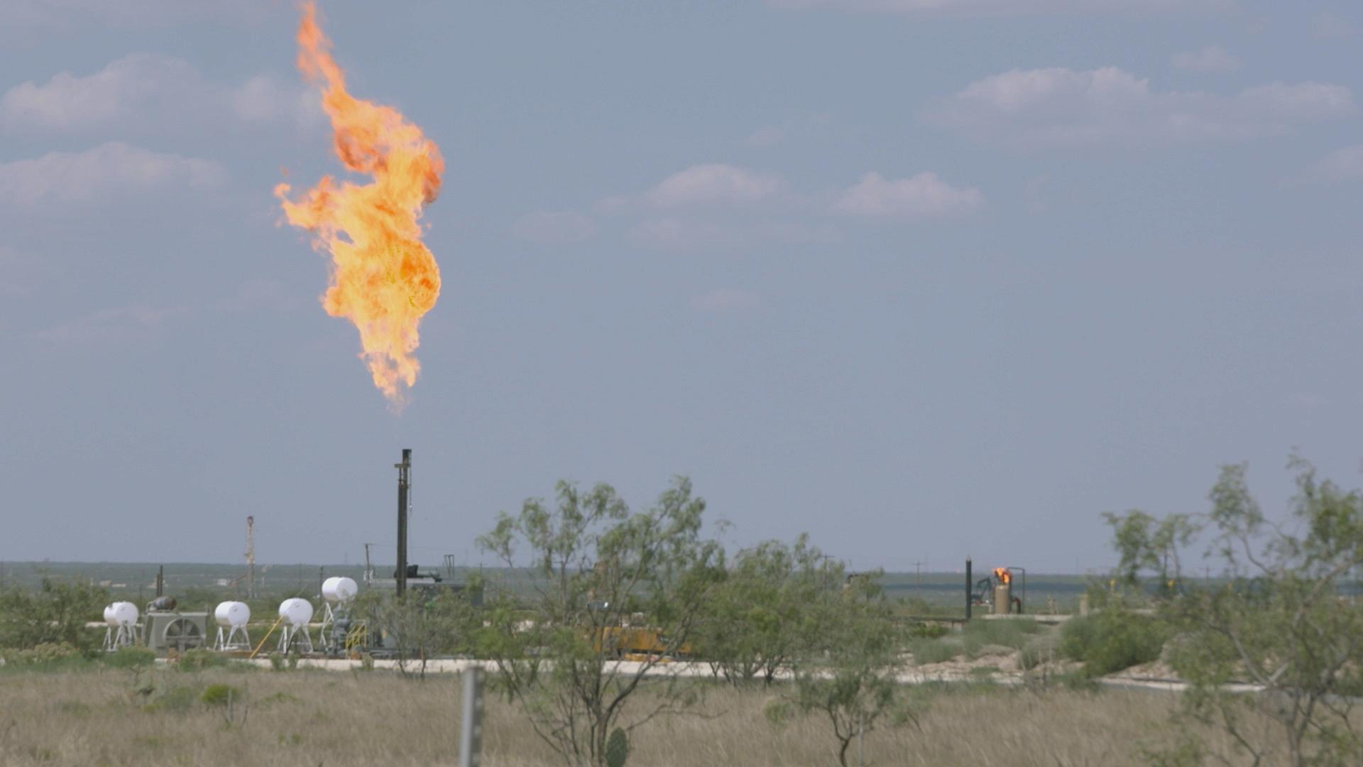 Documentos TV - El póker del petróleo - Avance