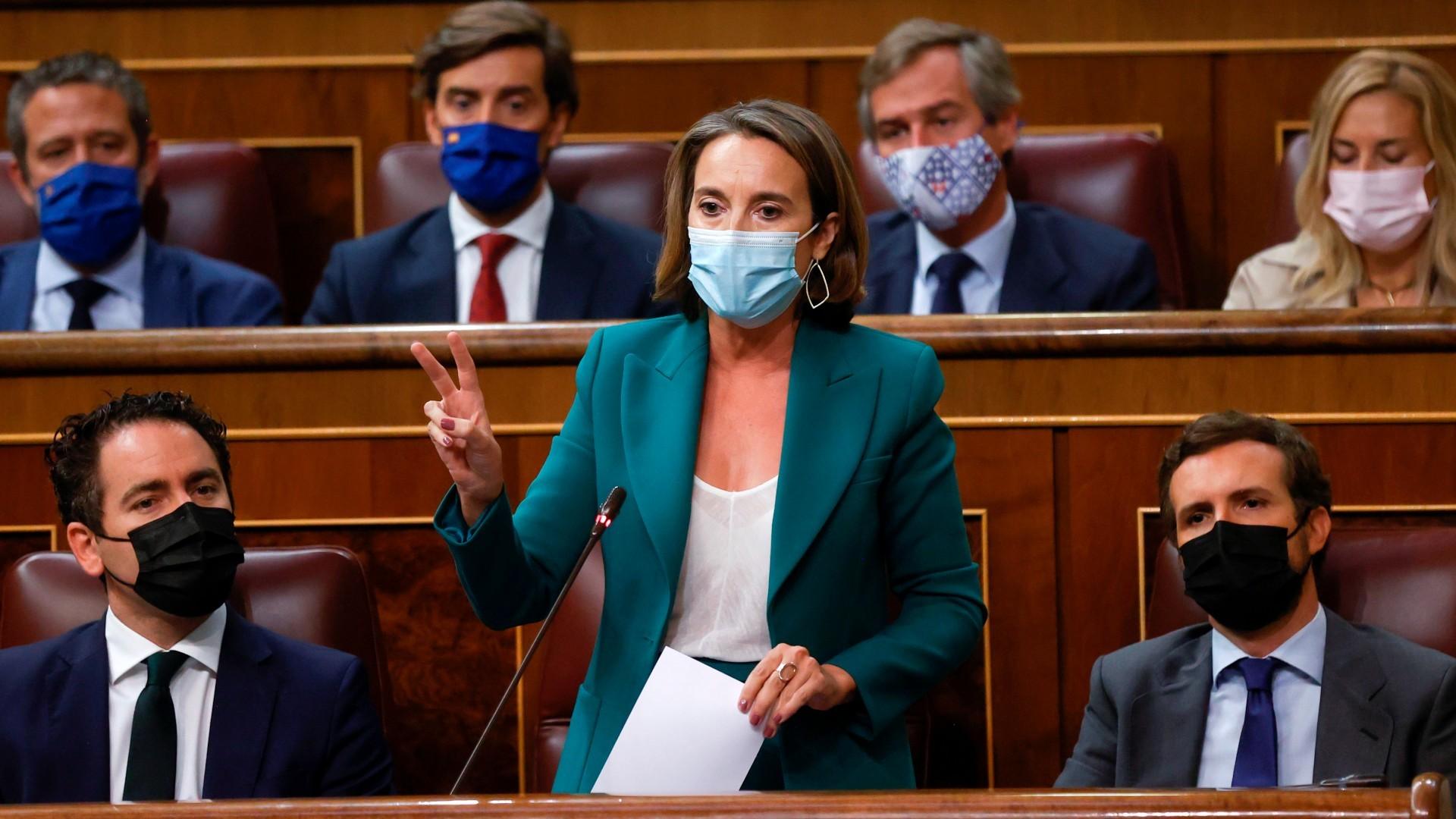 El PP pide la comparecencia de Bolaños y Albares por el  grave escándalo  tras la imputación de Laya