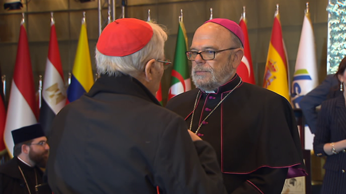 Medina en TVE - Religiones y paz mundial II