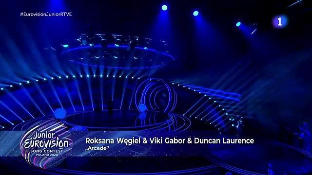 "Roksana Wegiel, Viki Gabor y Duncan Laurence cantan ""Arcade"""