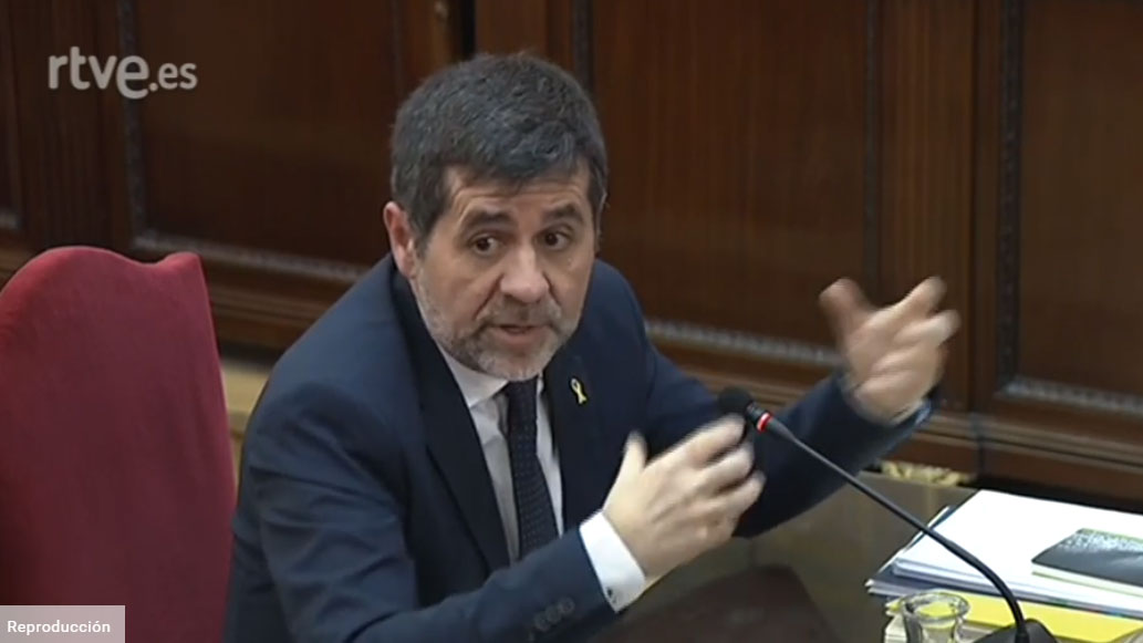 """Sànchez acusa a la Fiscalía de criminalizar una manifestación """"pacífica"""" porque unos """"pocos"""" dañaran vehículos de la Guardia Civil"""