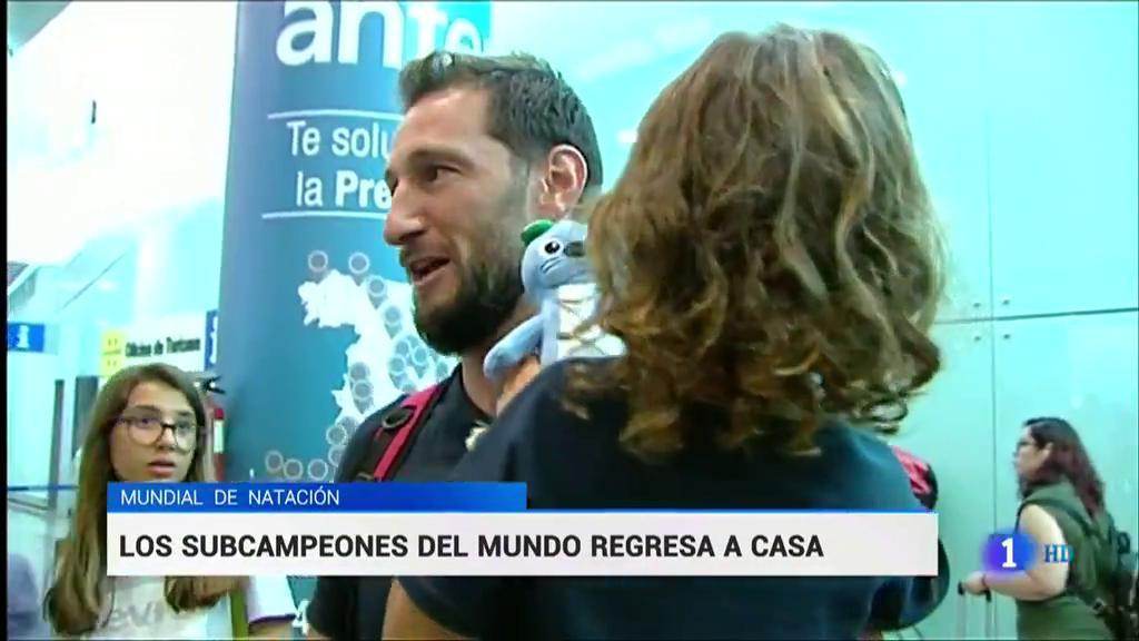 Los subcampeones españoles del waterpolo regresan a casa