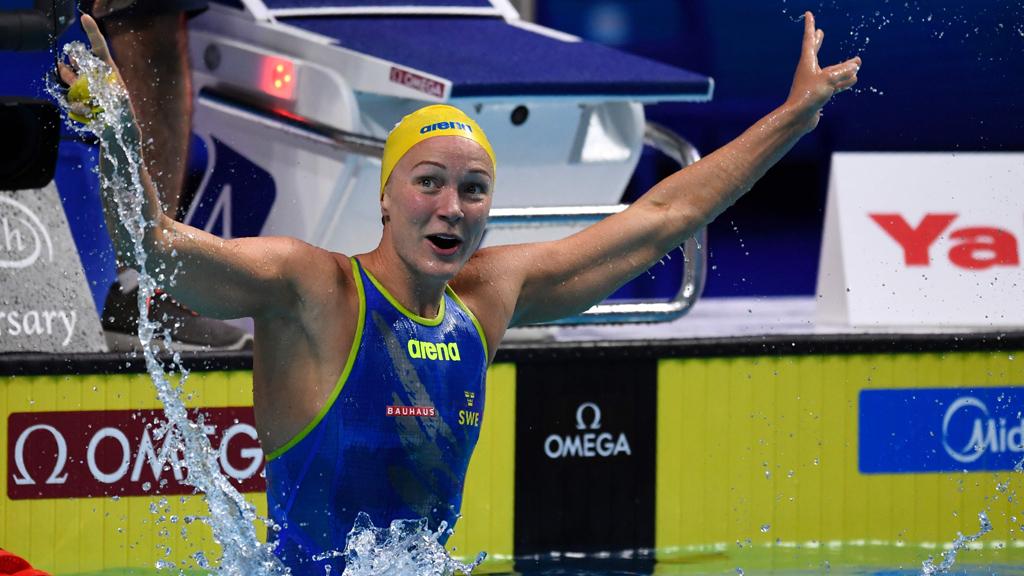 La sueca Sjöstrom bate el récord mundial de los 50 libre (23.67)