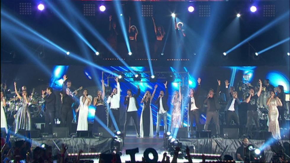 OT. El reencuentro - Todos los concursantes de OT1 cantan 'Mi música es tu voz' en el concierto de OT