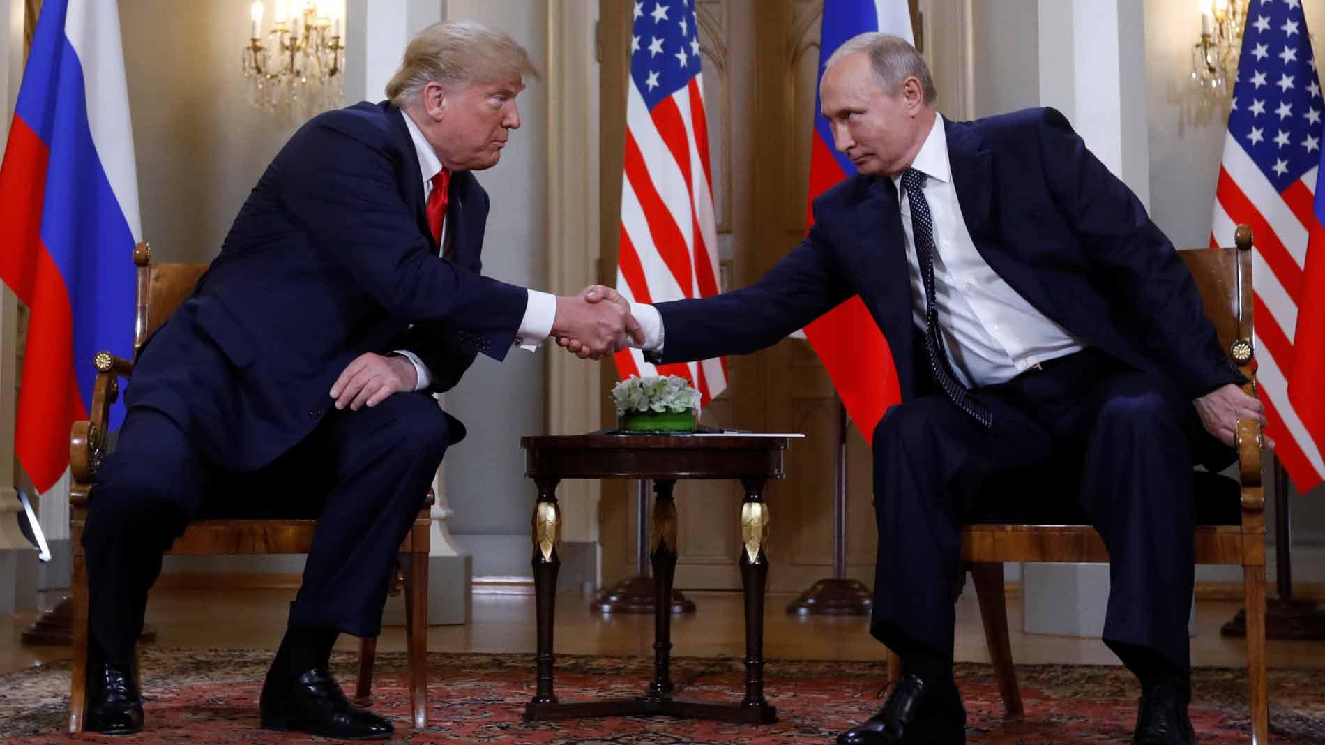 Trump y Putin se reúnen en Helsinki con el objetivo de superar la crisis en sus relaciones bilaterales
