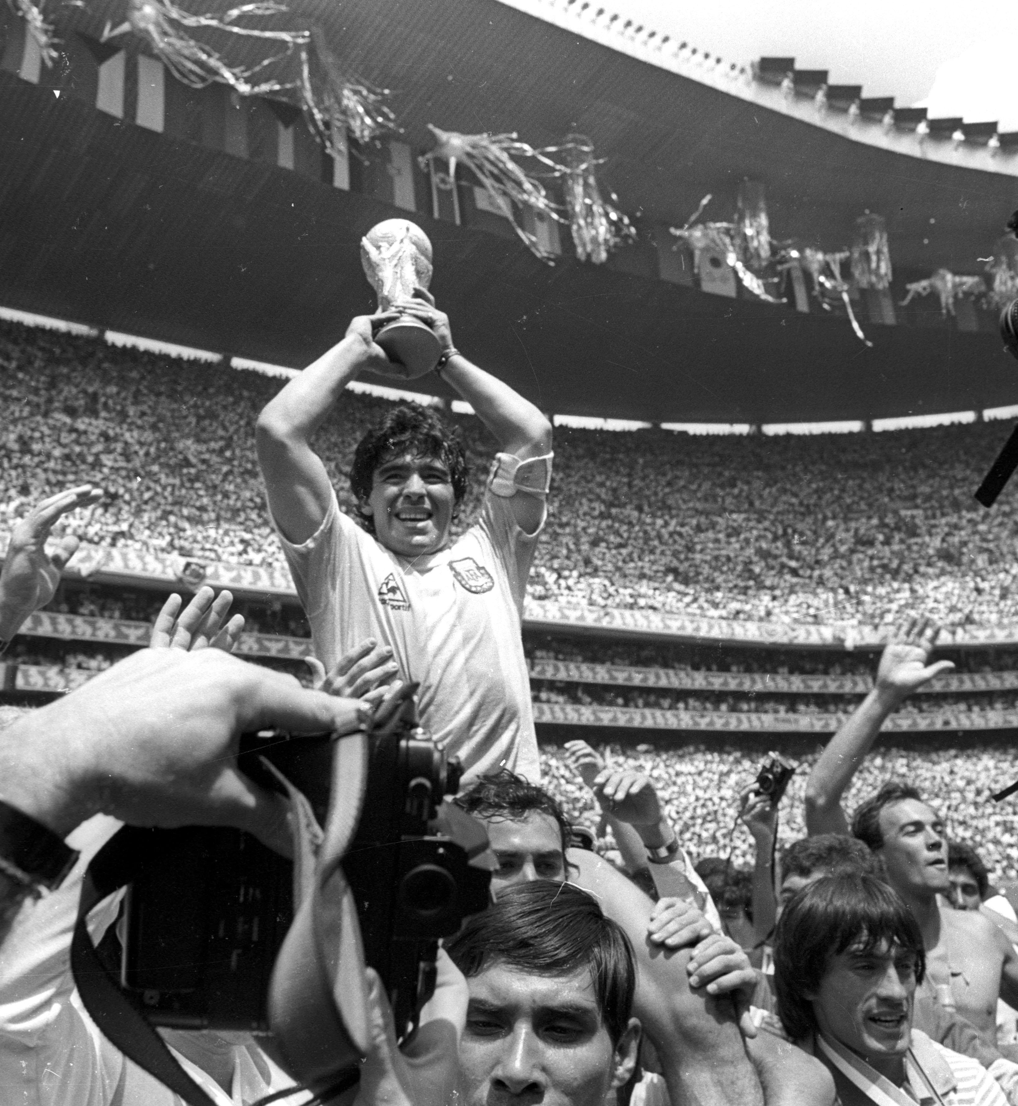 El astro se coronó a los 25 años campeón del mundo con la albiceleste en México de 1986.