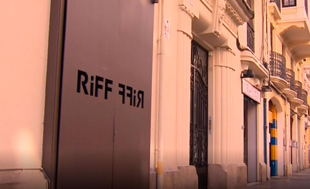 Ya son 19 los intoxicados y una fallecida en Valencia tras cenar en el restaurante Riff