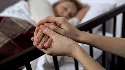 Regulación de la eutanasia: 7 de cada 10 médicos a favor