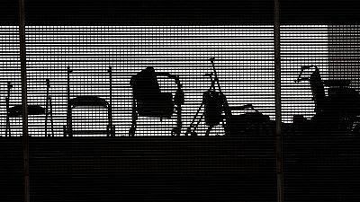 Entre el 7 y el 8 % de los ancianos que vivían en residencias en España habría fallecido por el coronavirus