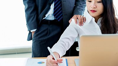 Siete de cada diez mujeres víctimas de acoso en el trabajo no lo han denunciado, según un estudio