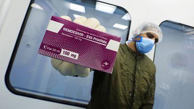 La Agencia Europea del Medicamento da luz verde al remdesivir como primer fármaco para tratar la COVID-19