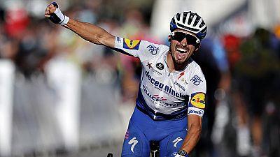 Alaphilippe mantiene su idilio con el Tour, victoria y liderato