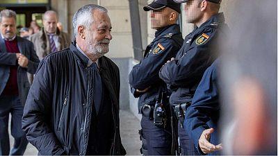 """Así funcionó el """"sistema fraudulento"""" de los ERE durante una década en Andalucía"""