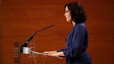"""Ayuso pide al Gobierno pactar en las próximas horas medidas """"justas"""" y llama a los madrileños a no irse de puente"""