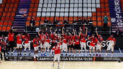 El Baskonia gana su cuarta Liga de baloncesto en una agónica final ante el Barça