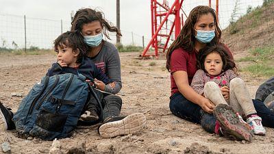 Biden admite que no ha localizado a todos los niños migrantes separados de sus padres por Trump