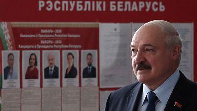 El presidente de Bielorrusia, Alexandr Lukashenko, reelegido con más del 80% de los votos