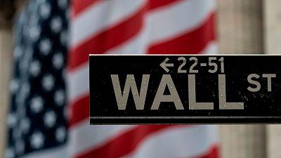 Fuertes caídas en bolsa: el Dow Jones pierde un 6,9 % mientras que el Ibex 35 cae más de un 5 %