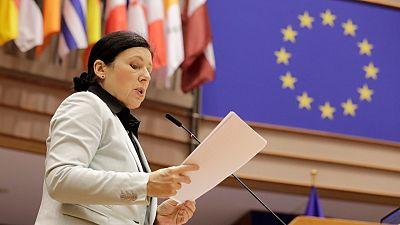 """Bruselas avala la limitación de poderes del CGPJ cuando esté en funciones pero ve """"más urgente"""" su renovación"""