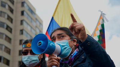 El candidato indígena a la presidencia de Ecuador presenta ante la Fiscalía una denuncia por presunto fraude electoral