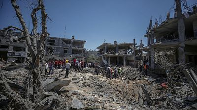 """Un centenar de españoles vive en Gaza: """"Están bombardeando por todas partes, no cesan ni de día ni de noche"""""""