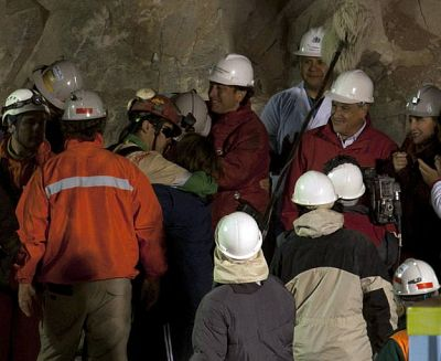 Cinco años después del rescate, los 33 mineros de Chile siguen sufriendo el trauma