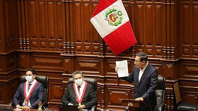 El Congreso de Perú rechaza la destitución del presidente Martín Vizcarra