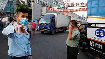 China detecta 32 nuevos contagios locales de coronavirus y supera los 200 casos activos