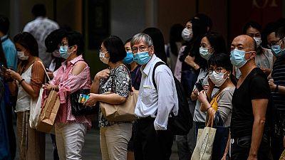 Hong Kong endurece las restricciones para intentar contener el rebrote de coronavirus