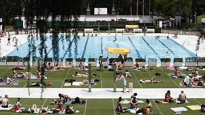 Así será la vuelta a las piscinas: aforos limitados, distancia de seguridad y mascarilla solo en los desplazamientos