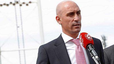 La RFEF propone el reparto de plazas de Champions y Europa League en caso de que no acabe la Liga