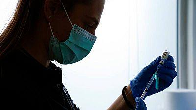 CSIF denuncia que a ningún sanitario con COVID se le ha reconocido como enfermedad profesional
