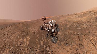 Descubren un lago de agua líquida y salada en Marte, bajo una capa de hielo