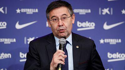La dimisión de seis directivos agudiza la crisis institucional del Barça