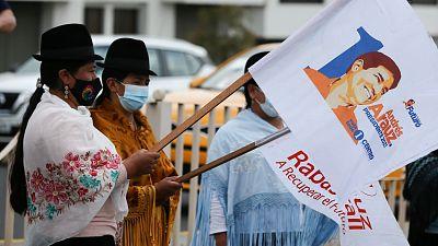 Ecuador elige a un nuevo presidente ante un inminente colapso económico a la sombra de la pandemia