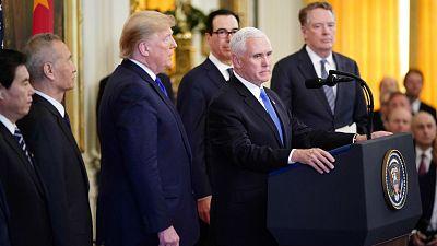 EE.UU. y China firman una tregua con la aprobación de la primera fase del acuerdo comercial