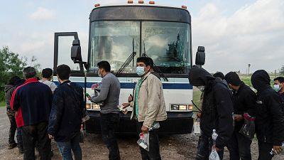 Estados Unidos arresta a más de 180.000 migrantes en la frontera con México en mayo, nuevo récord mensual