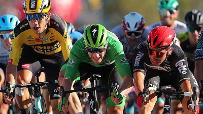 Ewan suma su segunda victoria en el ajustado y espectacular 'sprint' de Poitiers