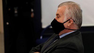 """La Fiscalía niega haber pactado con Bárcenas ni filtrado su confesión y dice que ha aportado """"escasas novedades"""""""