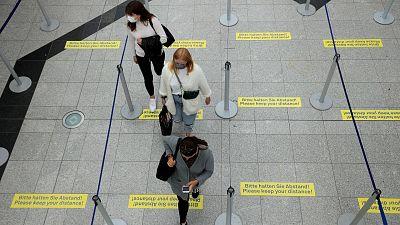 El miedo a viajar a España se extiende: estos son los países europeos que ponen restricciones o recomiendan no viajar
