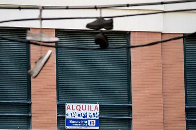 """El Gobierno aprueba microcréditos para inquilinos """"vulnerables"""" y prohíbe los desahucios durante la pandemia"""