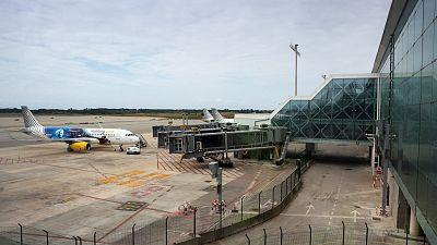 El Gobierno acuerda con la Generalitat ampliar el aeropuerto de El Prat con una inversión de 1.700 millones