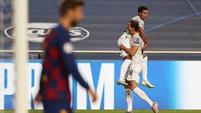 La apisonadora del Bayern pasa por encima del Barça: 2-8