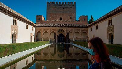 Granada, primera ciudad española en la que se decreta el toque de queda
